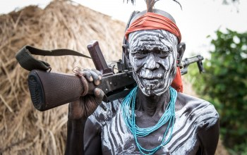 omo wally,Mursi warrior,Ethiopia