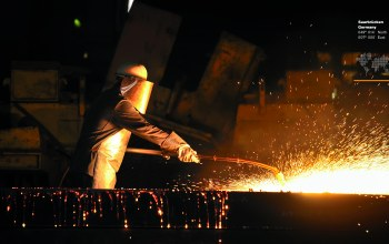 fire metal,worker,work clothes,personal protection