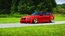 Bmw,Color,M3,stance,grass,green,e91,Red,low