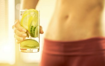 woman,abs,water with lemon,healthy