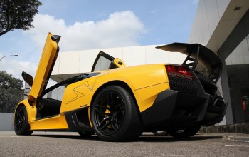 Lamborghini,yellow,lp670-4 sv