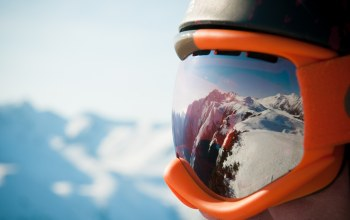 helmet,goggles snow,mountains