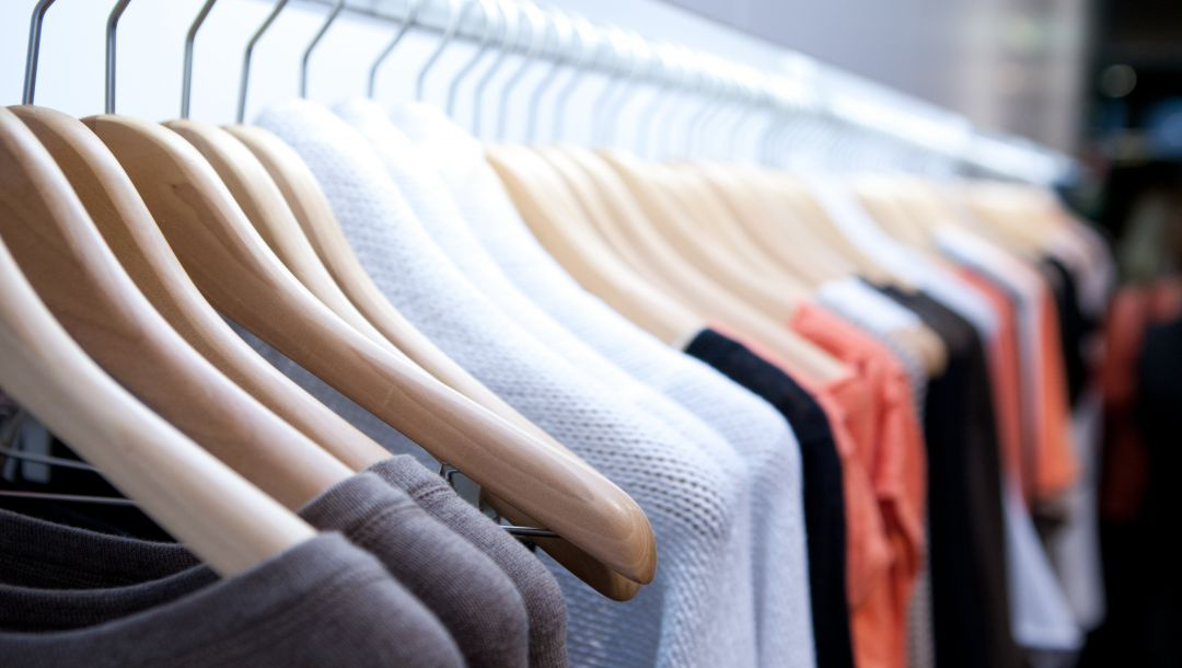 fabrics,Clothes hangers,colors,clothing