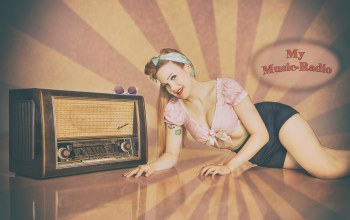 pin-up,Radio time