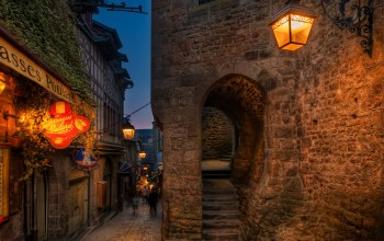 stairs,mont saint michel,evening,houses,lights,france,street,arch