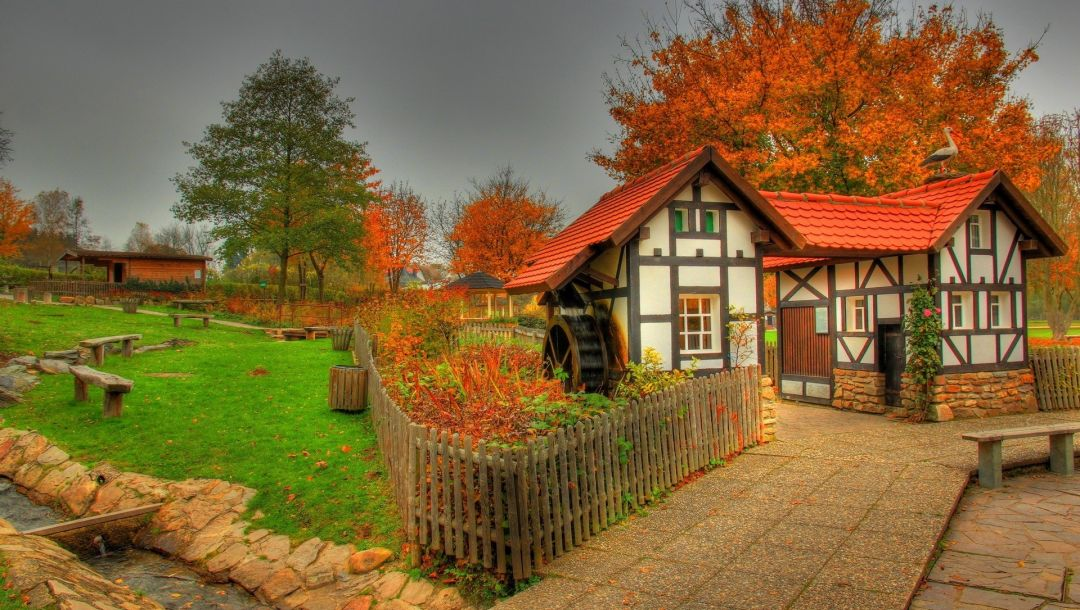 house,Land,fence,saalburg,Germany
