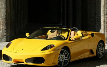 Spider,yellow,supercar