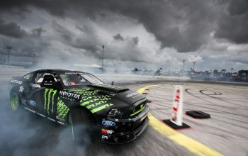Monster energy,Formula drift,nitto tire mustang rtr