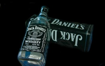 box,Bottle,jack daniels