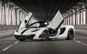Mclaren,White,mp4-12c,supercar,british,bridge