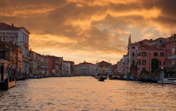 houses,river arno,beautiful italy ,lights,grand canal,venice,boat,evening,sky