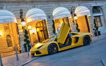 supercar,yellow,building,Lamborghini