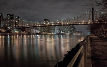 buildings,bridge,roosevelt,park,lights,new york city,east river,benches