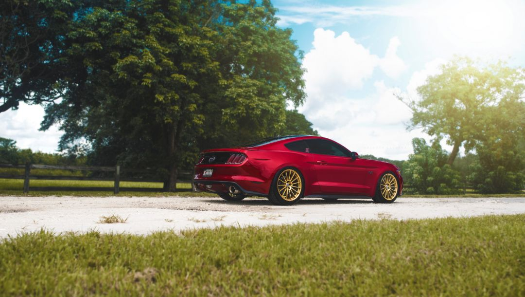 2015,Red,rear,car,Muscle,light,brakes