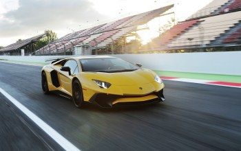 Lamborghini,lp-750,sv,superveloce,yellow
