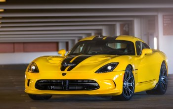 вайпер,dodge,viper,yellow,парковка,желтый,додж