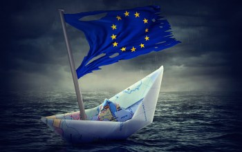 Paper boat,Flag of europe,crisis,map