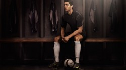 Real madrid,cristiano ronaldo,nike,football,player,soccer,locker room,portugal,dark