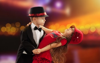 romance,dance,childhood,Valentines day,couple,child,boy,Little girl