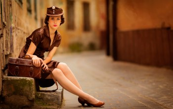 uniform,улица,Girl in brown