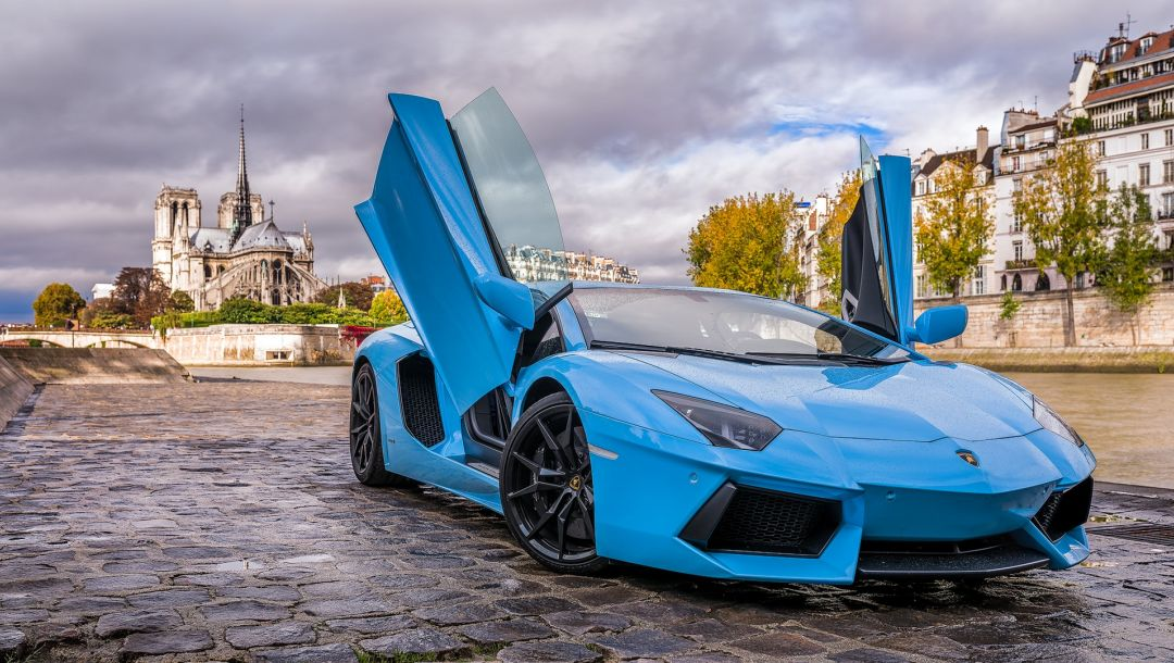 paris,blue,Lamborghini