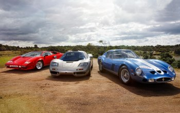 quattrovalvole,Mclaren,and,1985,250,lp5000 s,1993,Lamborghini,and,countach