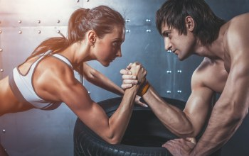 Arm wrestling,concentration,physical state,woman