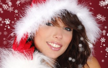 girl,brunette,Santa,Hat