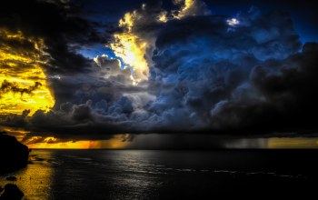 calm ocean,gorgeous sky,golden sunset,pecatu,bali,Big storm