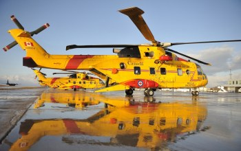 water,rescue,fly,helicopter,yellow