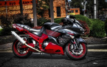 Red and Black Lightning,Мотоцикл