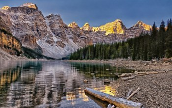 canada,valley of the ten peaks,Moraine lake