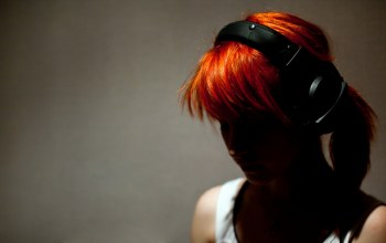 headphones,girl,rude,hayley williams