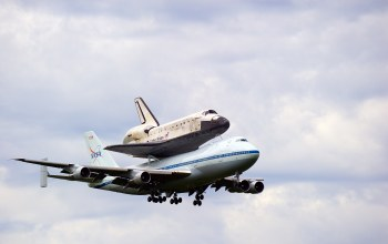 посадка,Самолёт,шасси,Space shuttle discovery,boeing 747-100