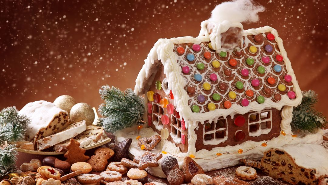 candyland,Winte house,christmas bake,biscuit,gingerbread,december festive,cookie