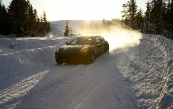 Road,3000x2000,car,snow,Speed,trees,sky,forest,Ferrari ff,winter