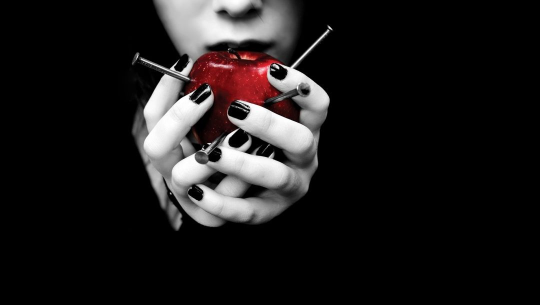 woman,apple,hands,nails,Red,nails