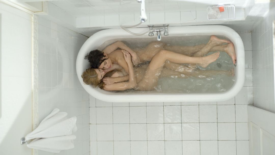 Elena anaya,natasha yarovenko,movie,room in roma