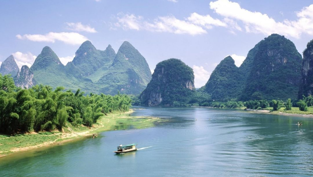 water,boat,mountain,river