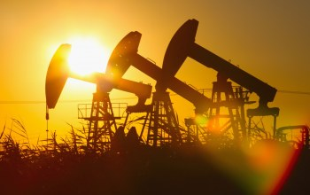Gas,heavy machinery,drilling oil,Light effects,Sunset