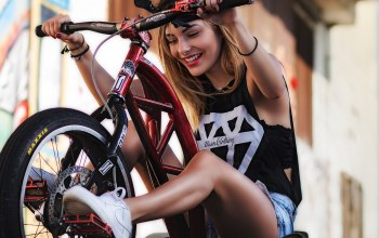 bike,fun,girl