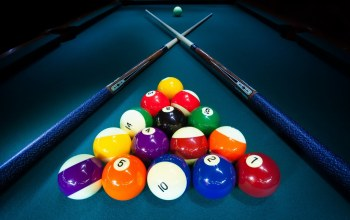balls,pool cue,billiard table