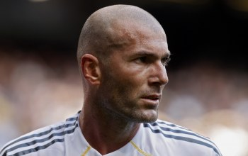 zinedine zidane,Real madrid,Зинедин зидан,легенда,зизу,футболист,мужчина