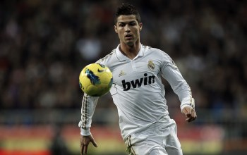 Real madrid,Real madrid,ronaldo,bwin,Cristiano,viva ronaldo,Ball,star,football