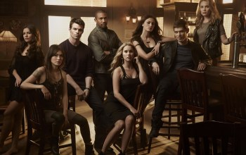 the originals,Leah Pipes,Charles Michael Davis,Claire Holt,the vampire diaries,Beer,Daniel gillies,...