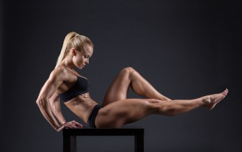 toned body,muscles,bodybuilder,pose,blonde,female