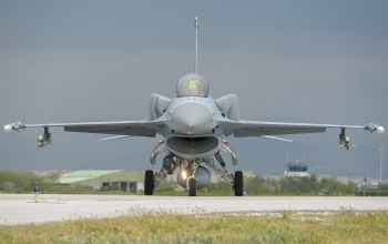 falcon,f16c,fighting