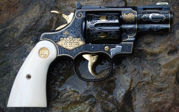 weapons,colt revolver