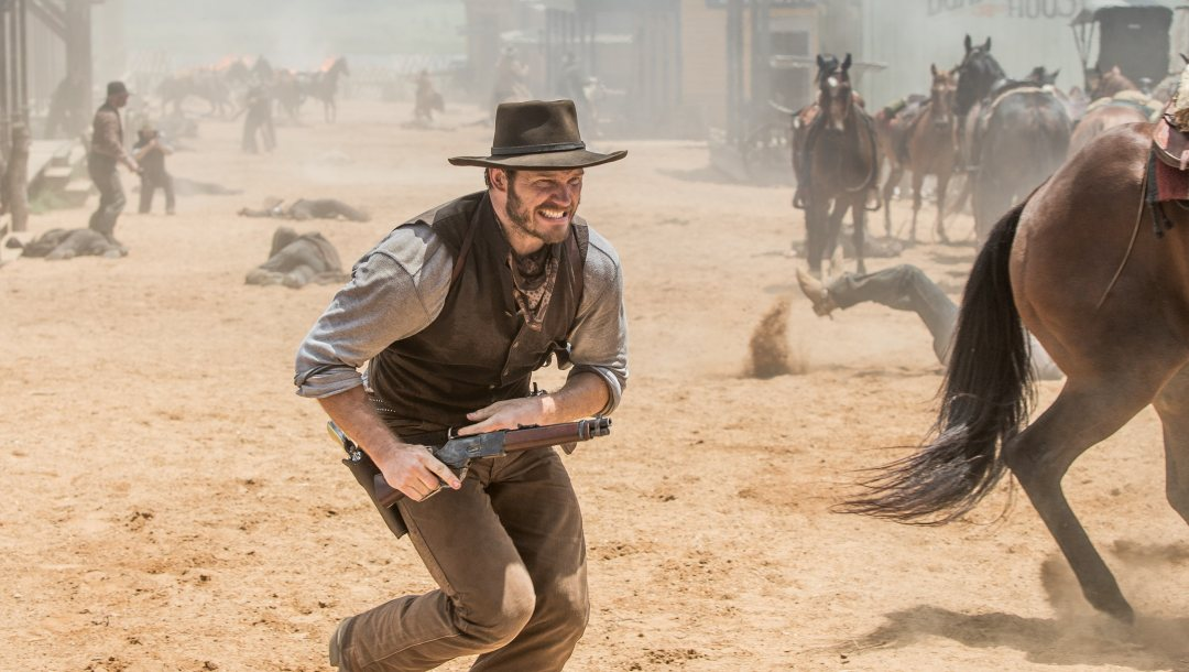 movie,rifle,winchester,horse,film,death,dead,gunslinger,saddle,wester,mouth,Land,gun,harness,cinema,equine,weapon,Ethan,Dust,The Magnificent Seven,wallpaper,hd,chris pratt,Hat,Colt,revlver,pistol,farowest,shooting