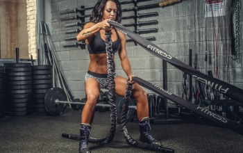 pose,crossfit,cordage,brunette,gym,ropes